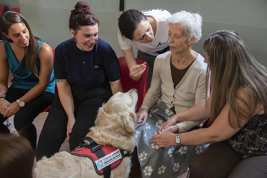 Progetto Pet therapy - 4 zampe per sorridere - Progetto Specchio dei tempi